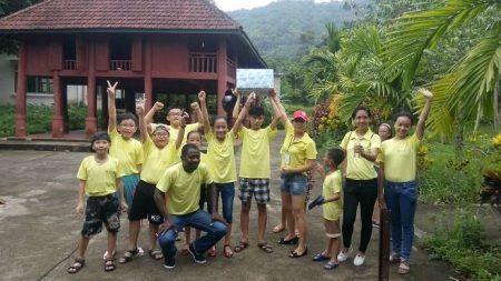 Tự tin trong giao tiếp với tình nguyện viên người nước ngoài