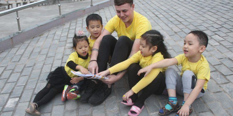 Mẹo nhỏ giúp con trẻ học tiếng Anh tốt.