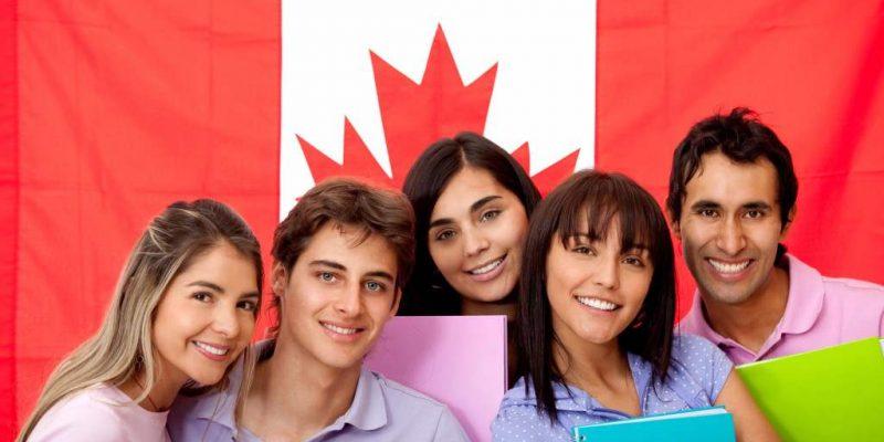 VÌ SAO phụ huynh cho con đi du học Canada từ sớm?